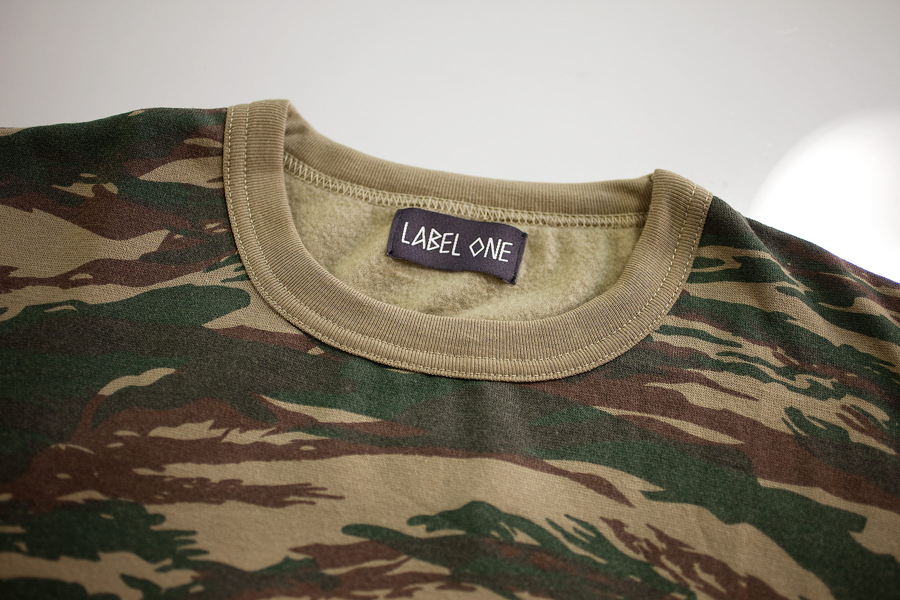 Sweater LABEL ONE Camouflage