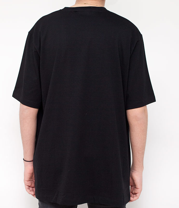 LABEL ONE T- Shirt Schwarz mit Stickerei
